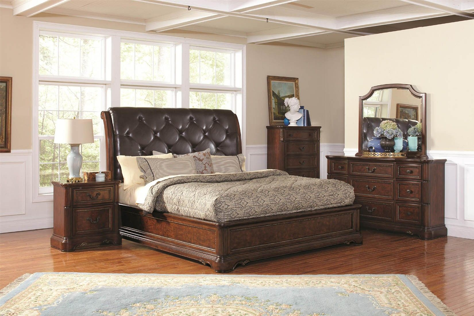 Best Captivating Upholstered Leather Headboard And Neutral 400 x 300