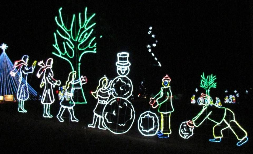the great christmas light show at the sports complex in north myrtle beach features dozens of