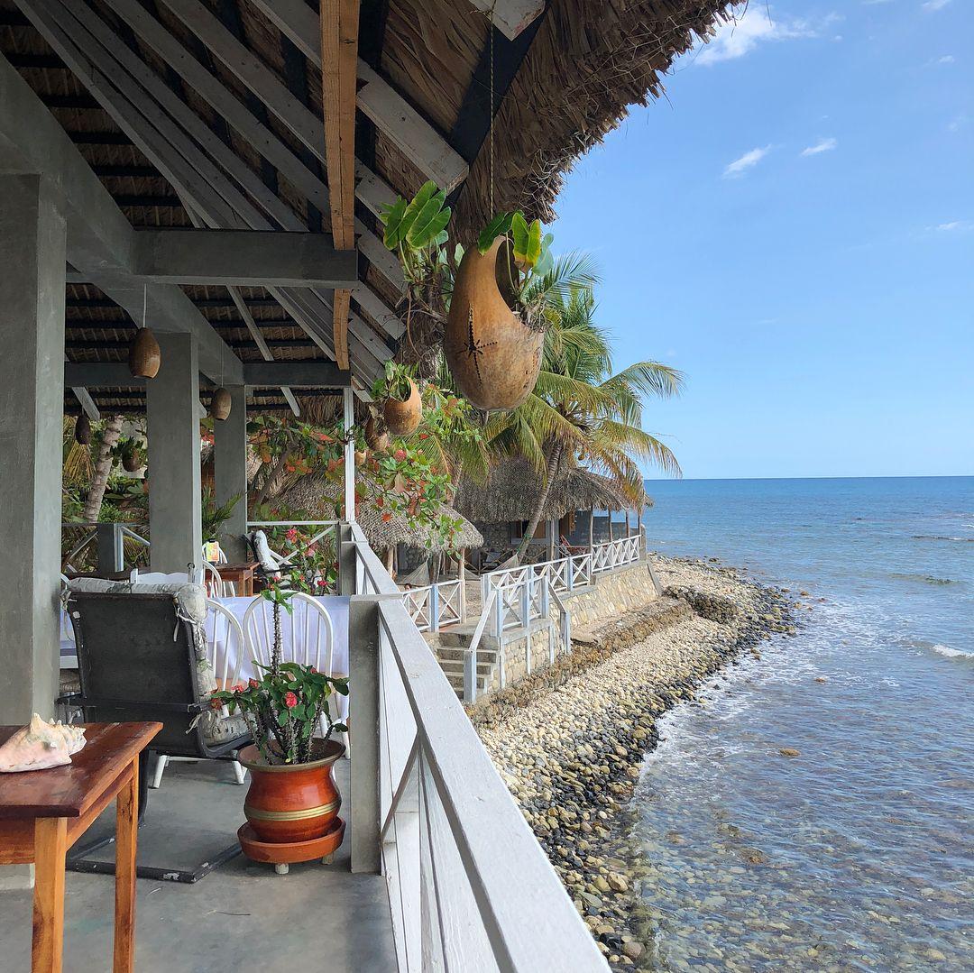 "Oceanfront Vacation Condos: ""A Gem 💎, A Hidden Paradise In The Heart Of Marigot"