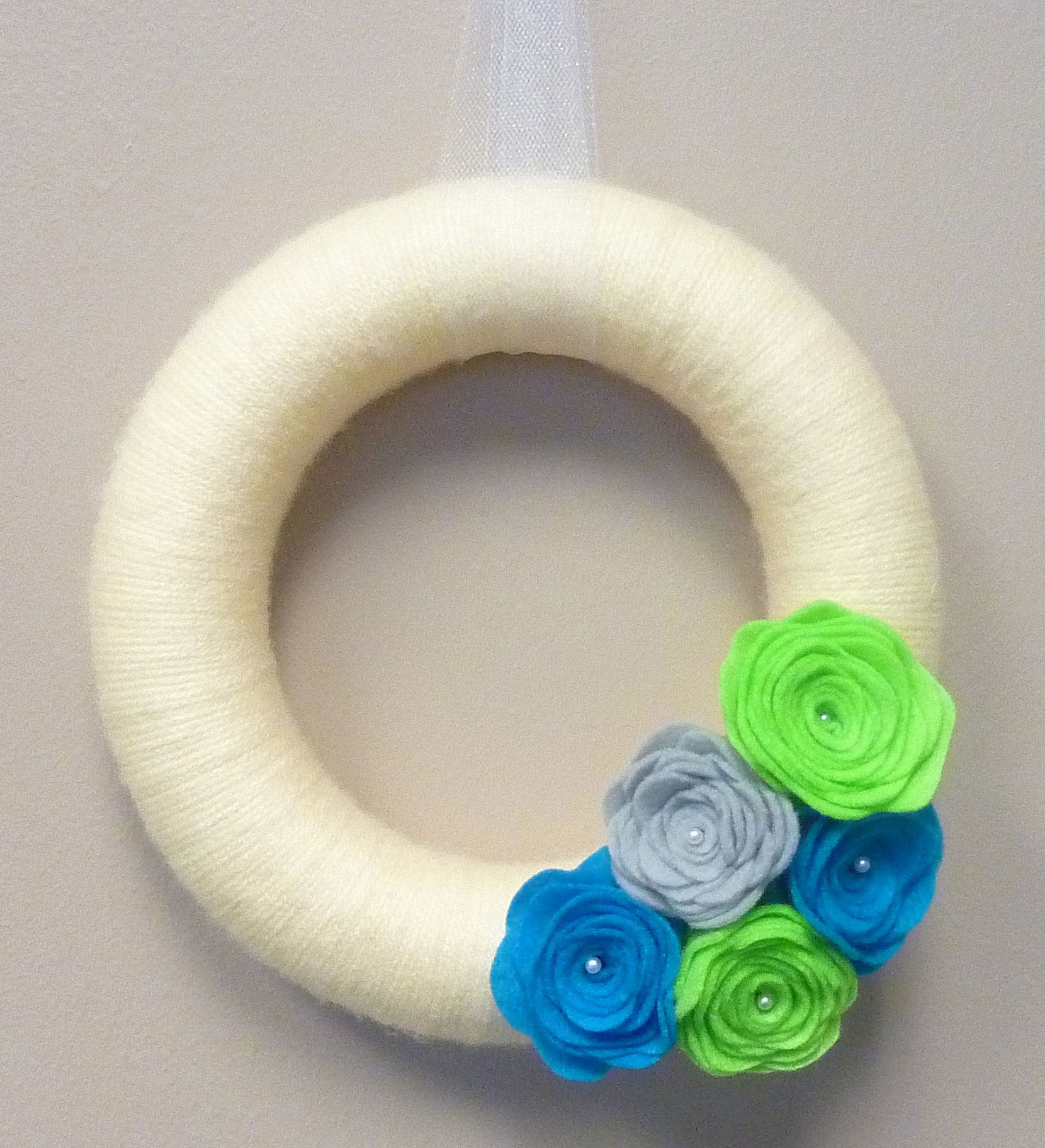 Yarn Wreath with Rolled Felt Flowers