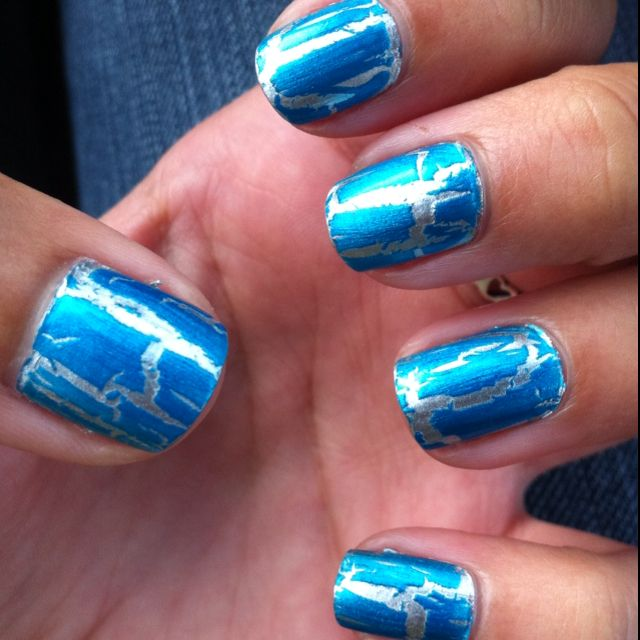 Crackle really goes good in metalic and blue :)
