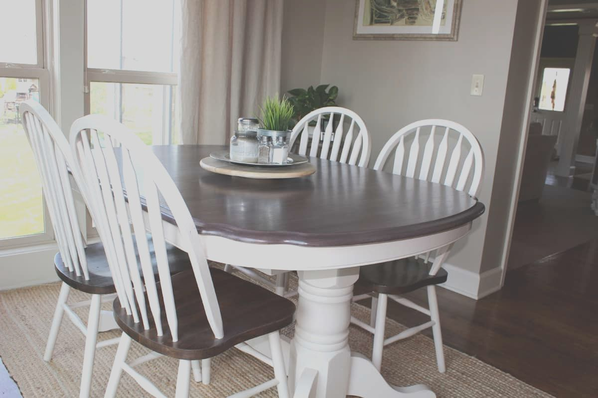 12 Stunning How To Paint A Kitchen Table And Chairs Images Oak Dining Room Table Wooden Kitchen Table Kitchen Table Settings