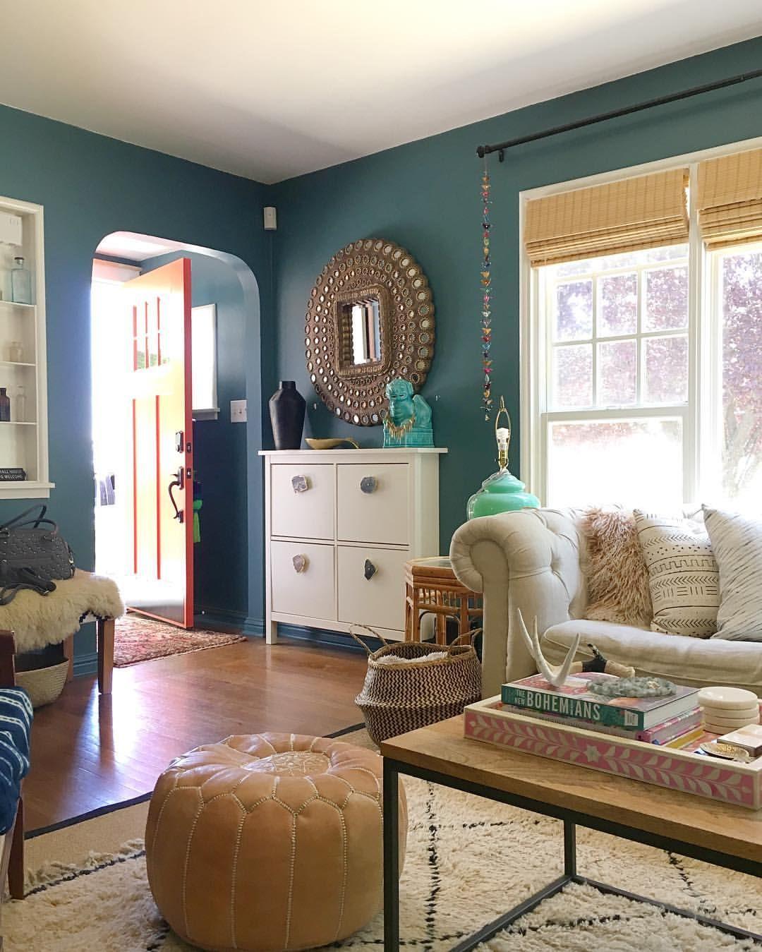 Innenarchitektur wohnzimmerfarbe teal walls  boho layers  future home ideas  pinterest