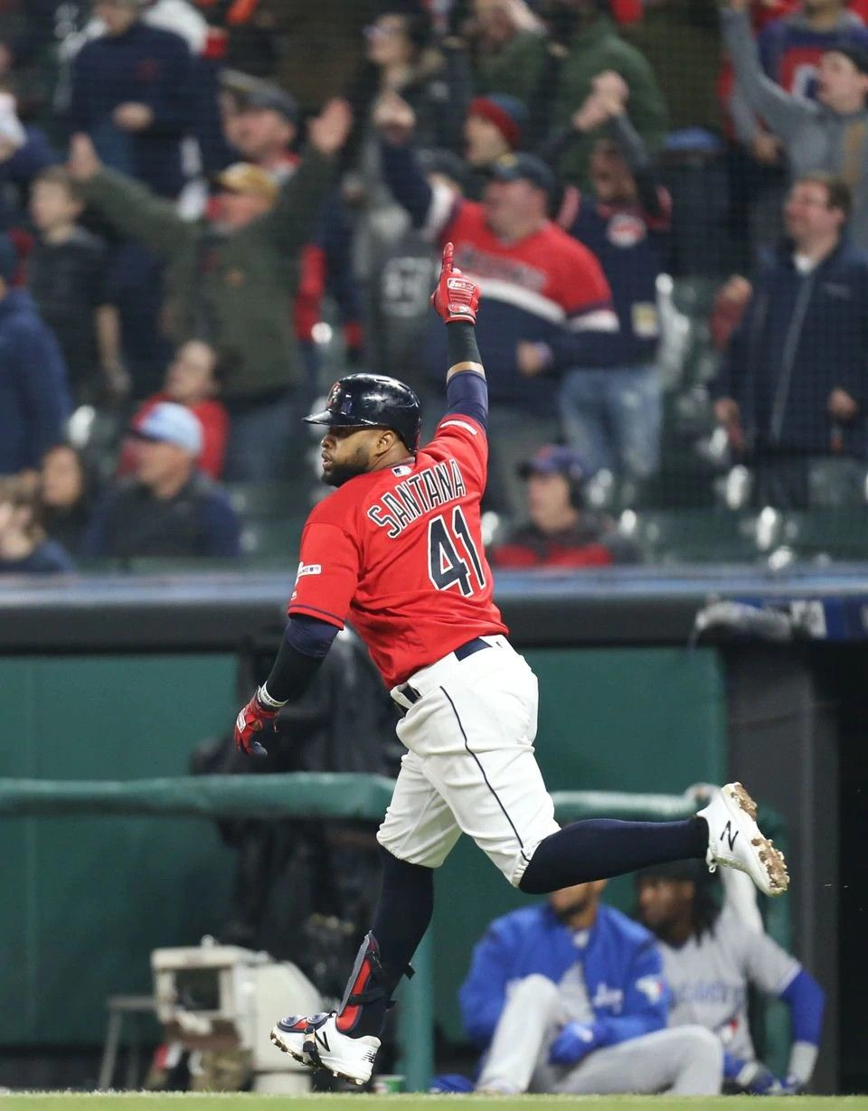 Cleveland Indians Carlos Santana Celebrates As He Rounds The Bases After Hitting A Walk Off Homer In The 9th Inning Cleveland Indians Indians Baseball Indians