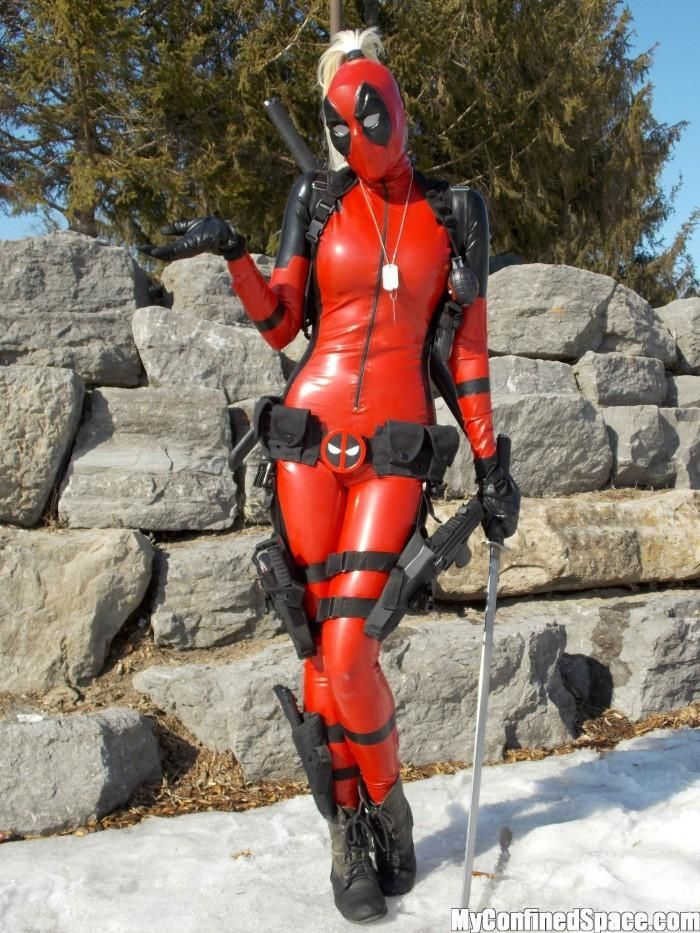 Lady Deadpool By Betty Nukem Vertical Wallpaper Sexy Deadpool