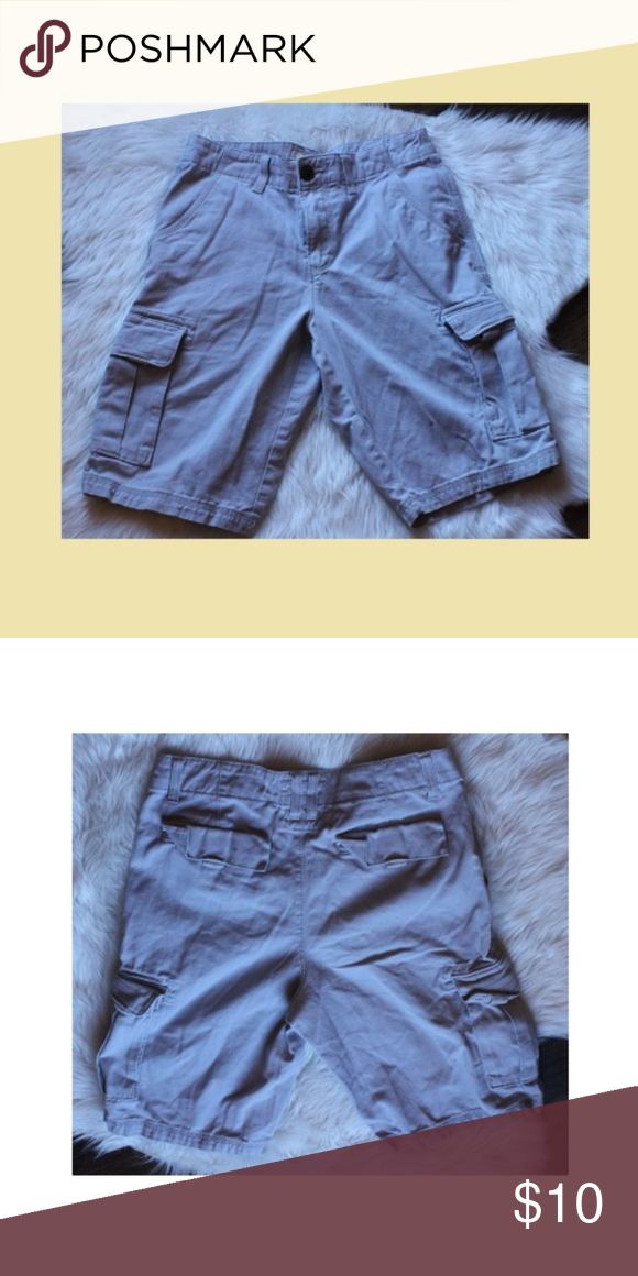 Urban pipeline shorts size is 29 length is 20 inches urban