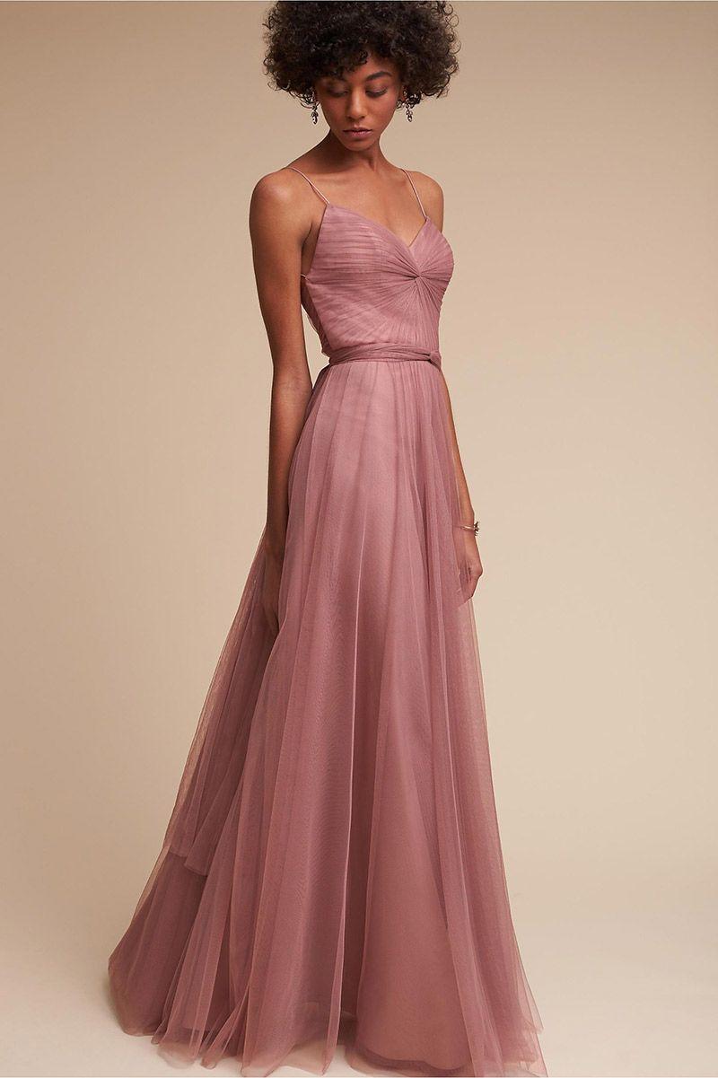 7e8678884ad 20 modelos de vestidos de madrinha rosa para arrasar no altar ...
