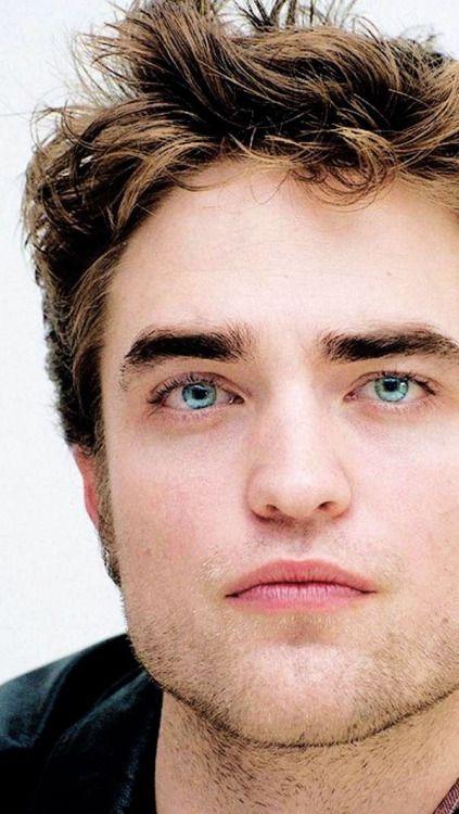 0ec1d5ec08d9e2 Love the eyes Robert Douglas, Edward Cullen, Twilight Saga, Robert  Pattinson, Hot