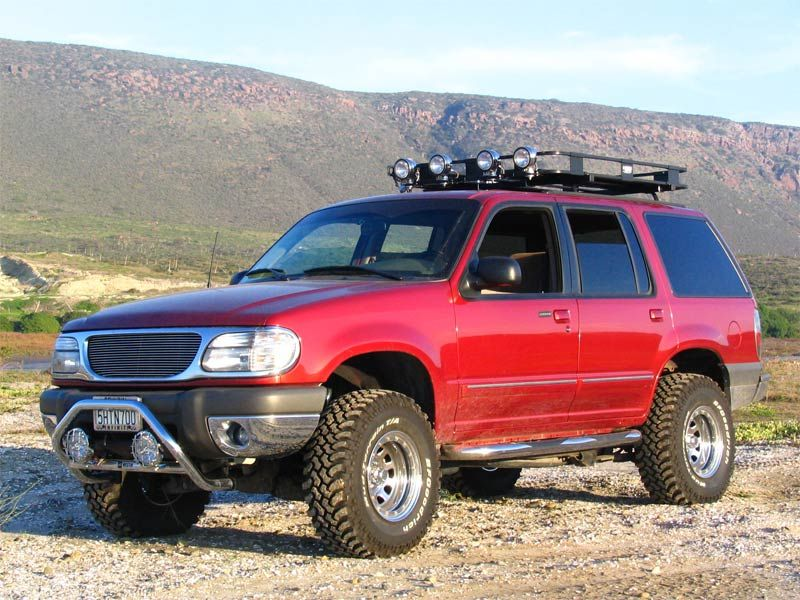 Ford Explorer 2nd Gen lifted Ford explorer xlt, Lifted