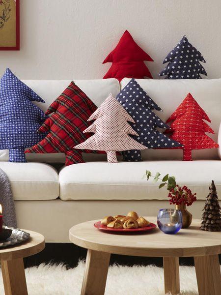 Instrucciones de costura para almohadas de árboles de Navidad | WUNDERWEIB