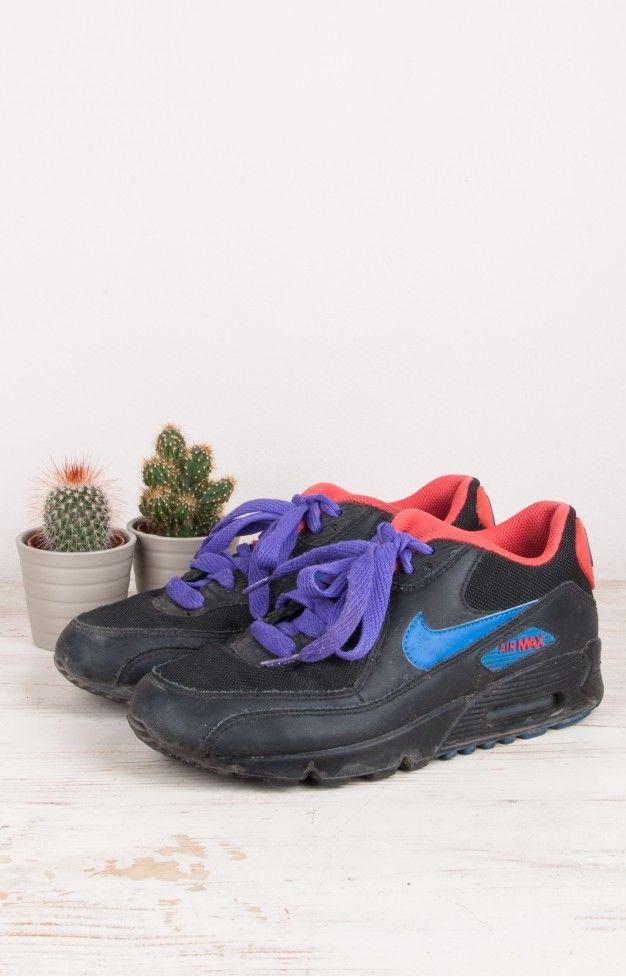 Fashion for sale: Nike air max sneakers @ www.trash-to-treasure.nl