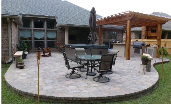 curved raised patio of pavers with mortared edge backyard ideas46 backyard