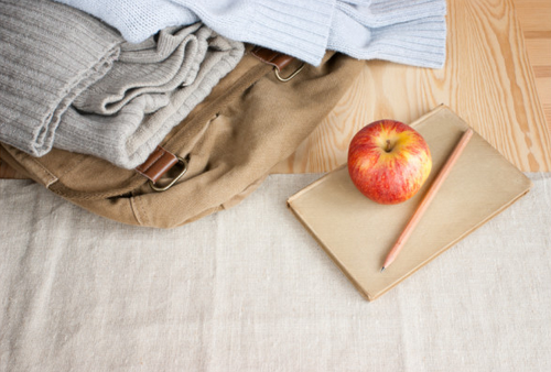 Pack a Caregiver Bag to keep in the car, ready when needed, with items like a blanket, sweatshirt, water bottle and copies of important paperwork. (Maddie C.) #CancerHacks