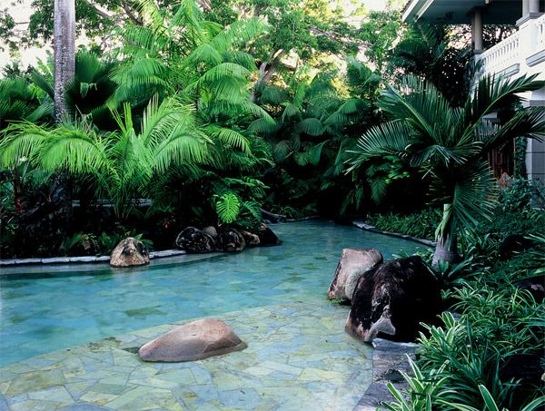 Tropical Landscape Designs that Brings Coolness to your Place ...