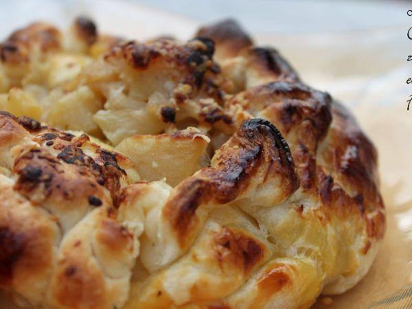 Crujiente de Brie con Compota de Manzana