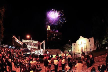 Fiesta at the Alamo. Starlight Fireworks.