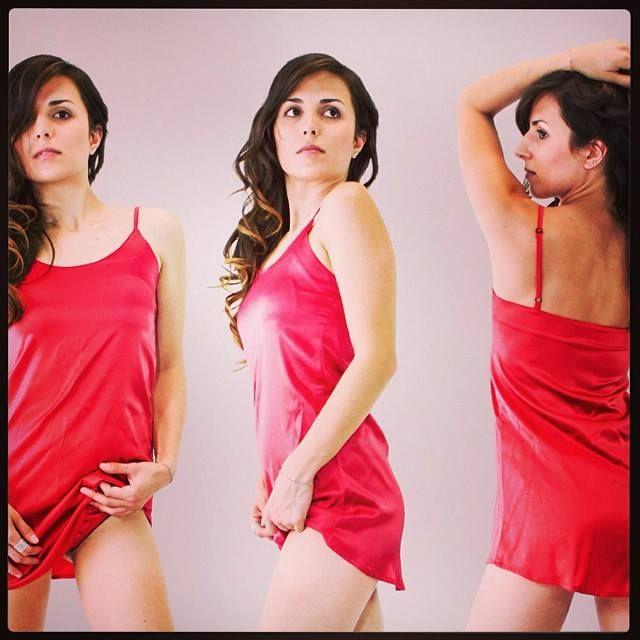 Il #rosso a #Capodanno porta fortuna??? Nel dubbio meglio provvedere ;-) Evita's #Lingerie su #Shelcos www.shelcos.com