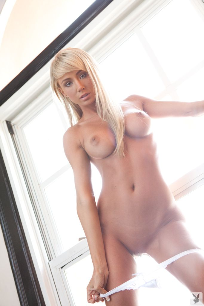 Beautiful nude girl venezuela