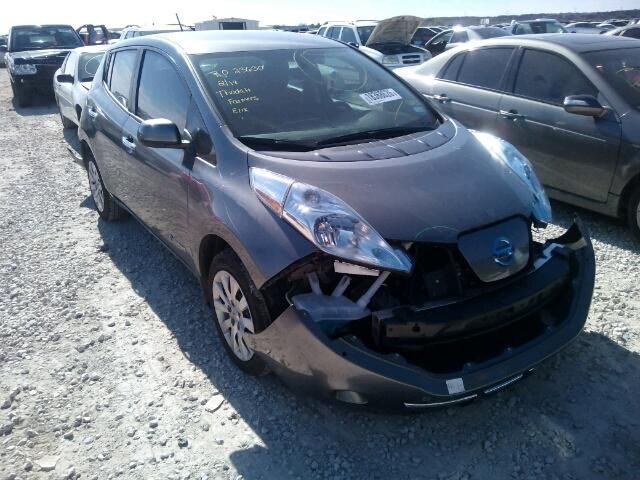 Salvage Nissan Leaf Cars For And Auction 1n4az0cp5fc315618
