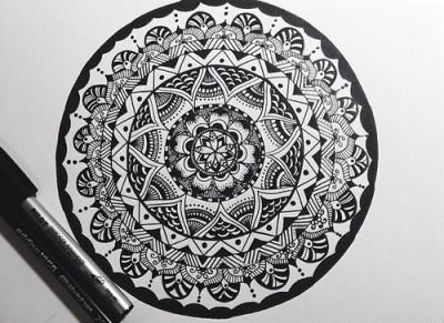 how to draw a simple mandala