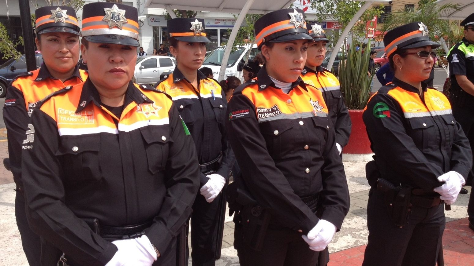 Mexican State's Anti-Corruption Plan: Hire Female Traffic Cops
