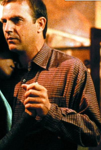 Hd The Bodyguard 1992 Film Complet En Francais In 2020 Kevin Costner Gary Kemp Bodyguard