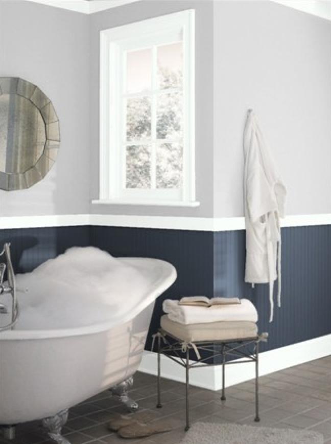 Benjamin Moore Hale Navy And Graytint Tranquil Bathroom Painting Bathroom Bathroom Colors