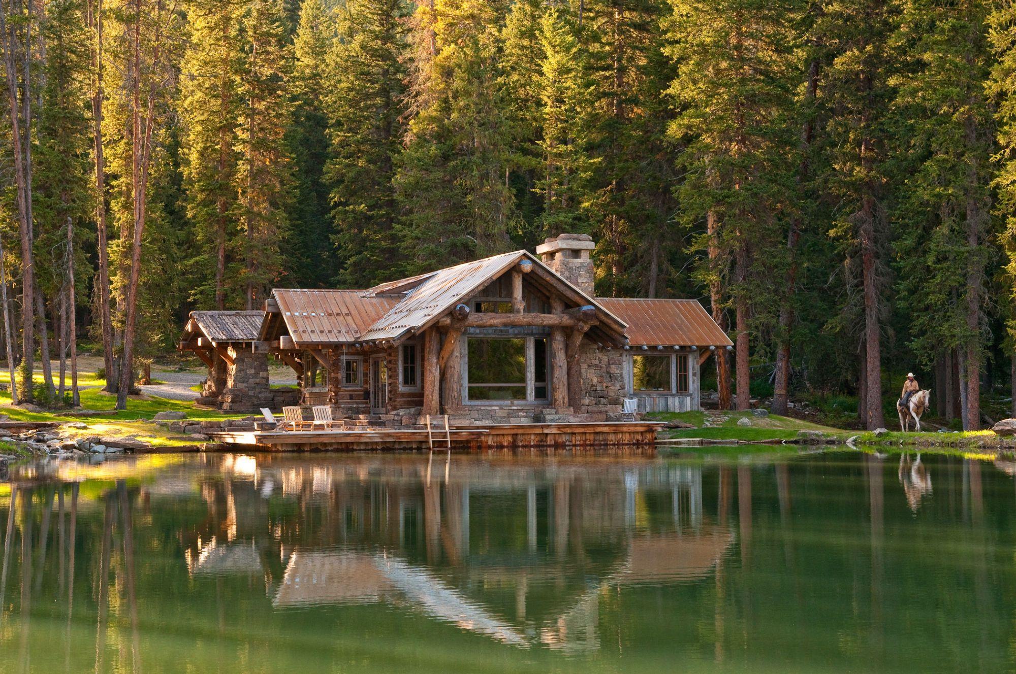 Headwaters Camp Cabin in Big Sky Montana