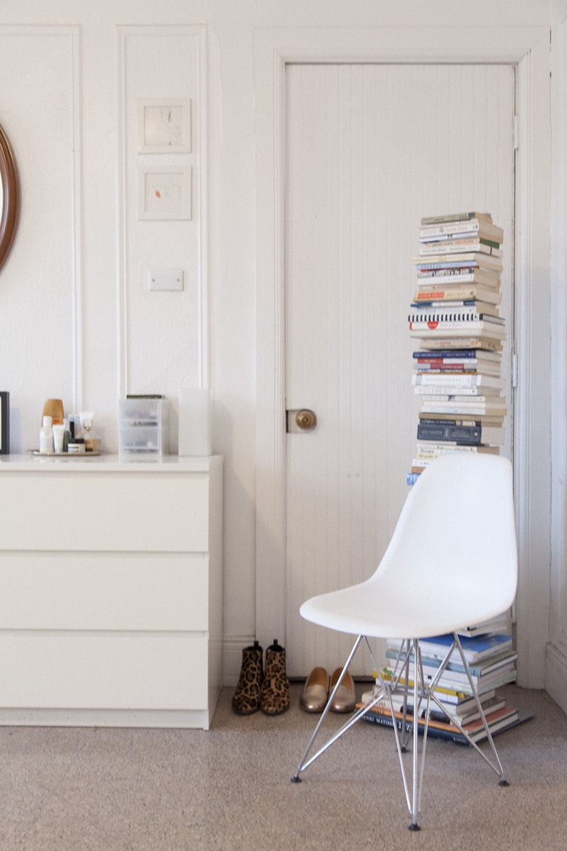 Design Sponge/ The Eiffel chair is Saarinen and the book shelf from ...