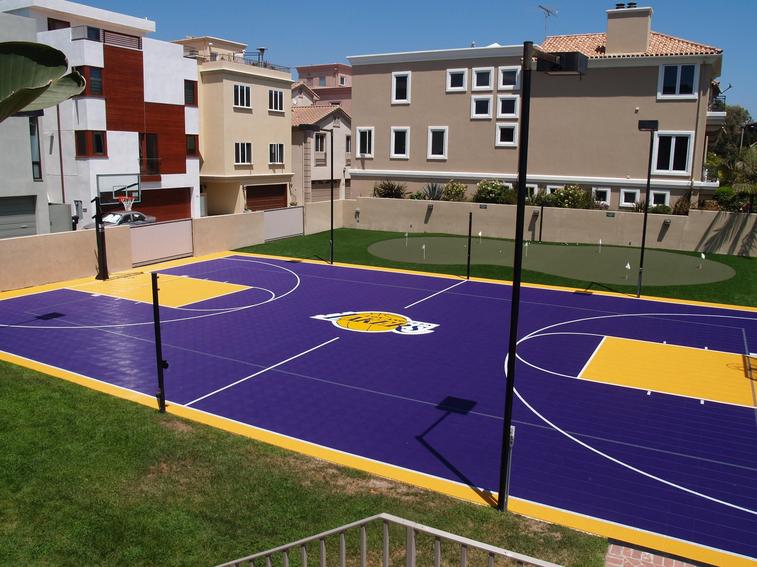 lakers fan check out this backyard dream court go purple