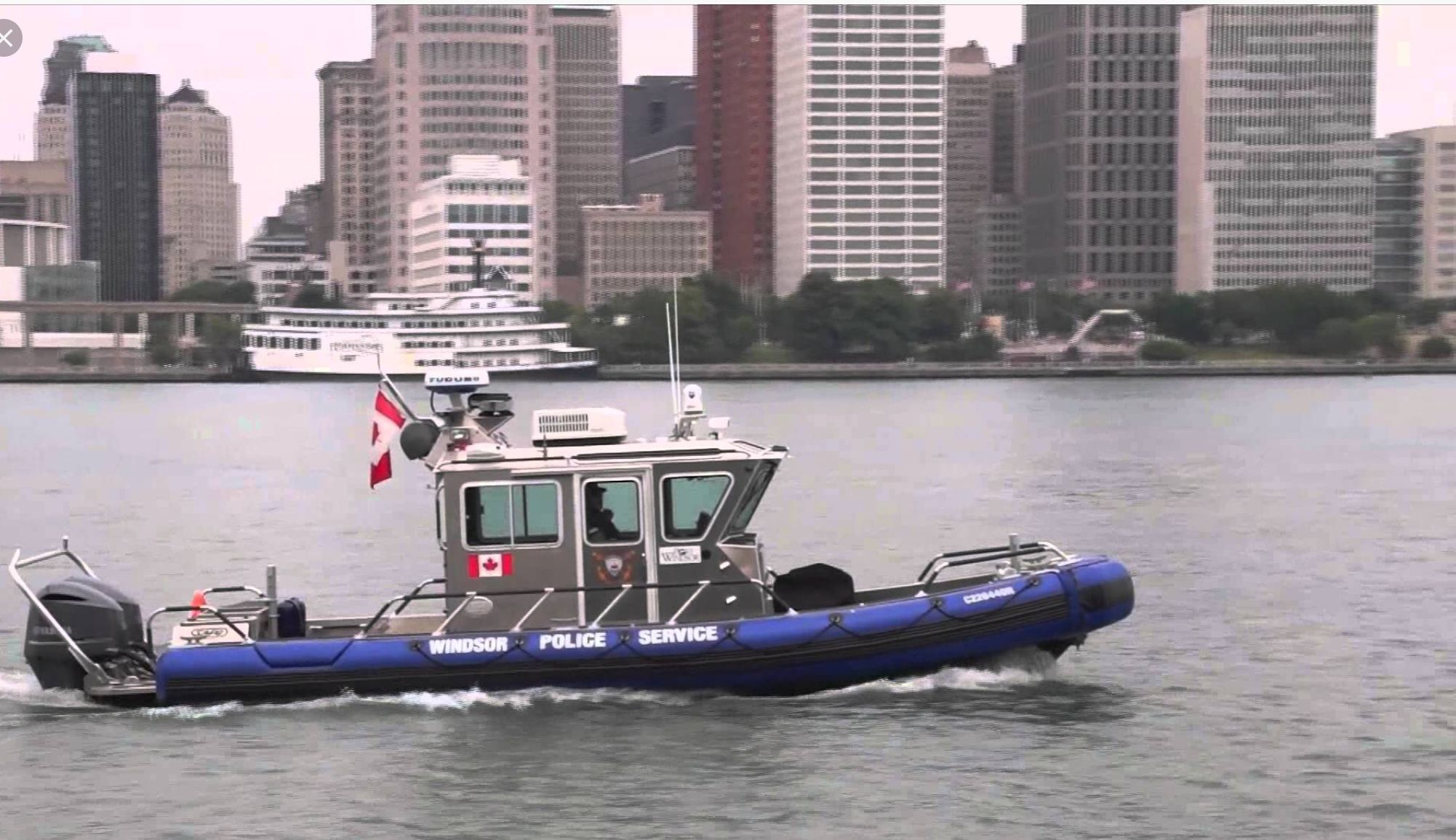 THE DEFENDER 2014 The Windsor Police Services Marine