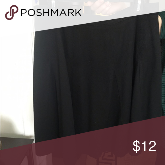 Simple but elegant black skirt Matches the blazer i have listed but can also be worn separately as a black skirt and matched with a beautiful top and some jewelry! New York & Company Skirts
