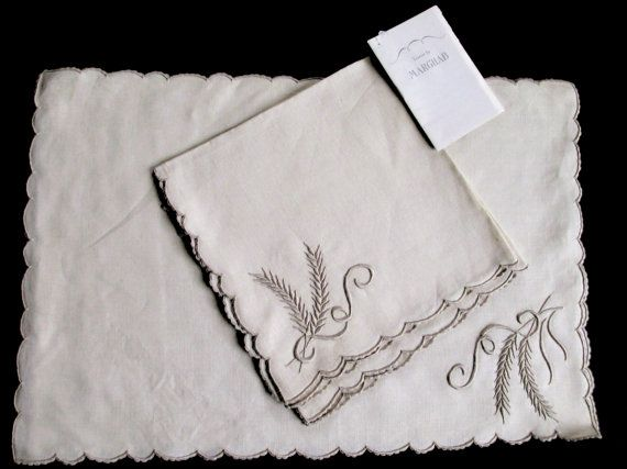 Marghab Set With Tag 2 Napkins And 2 Placemats In New Wheat Etsy Vintage Textiles Antique Linens Napkins