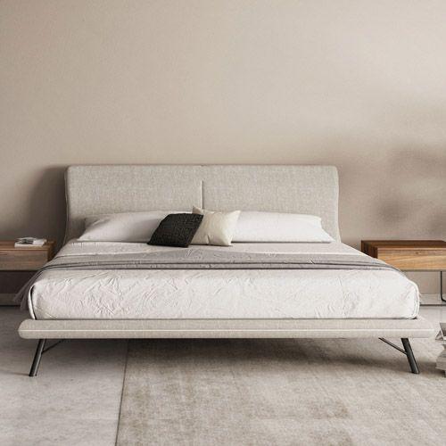Bedroom Bedroom Modern Low Bed With Carpet And Some Cushions From Variety Of Modern Bed Frames Kamar Tidur Modern Kamar Tidur Mewah Perabot Kamar Tidur