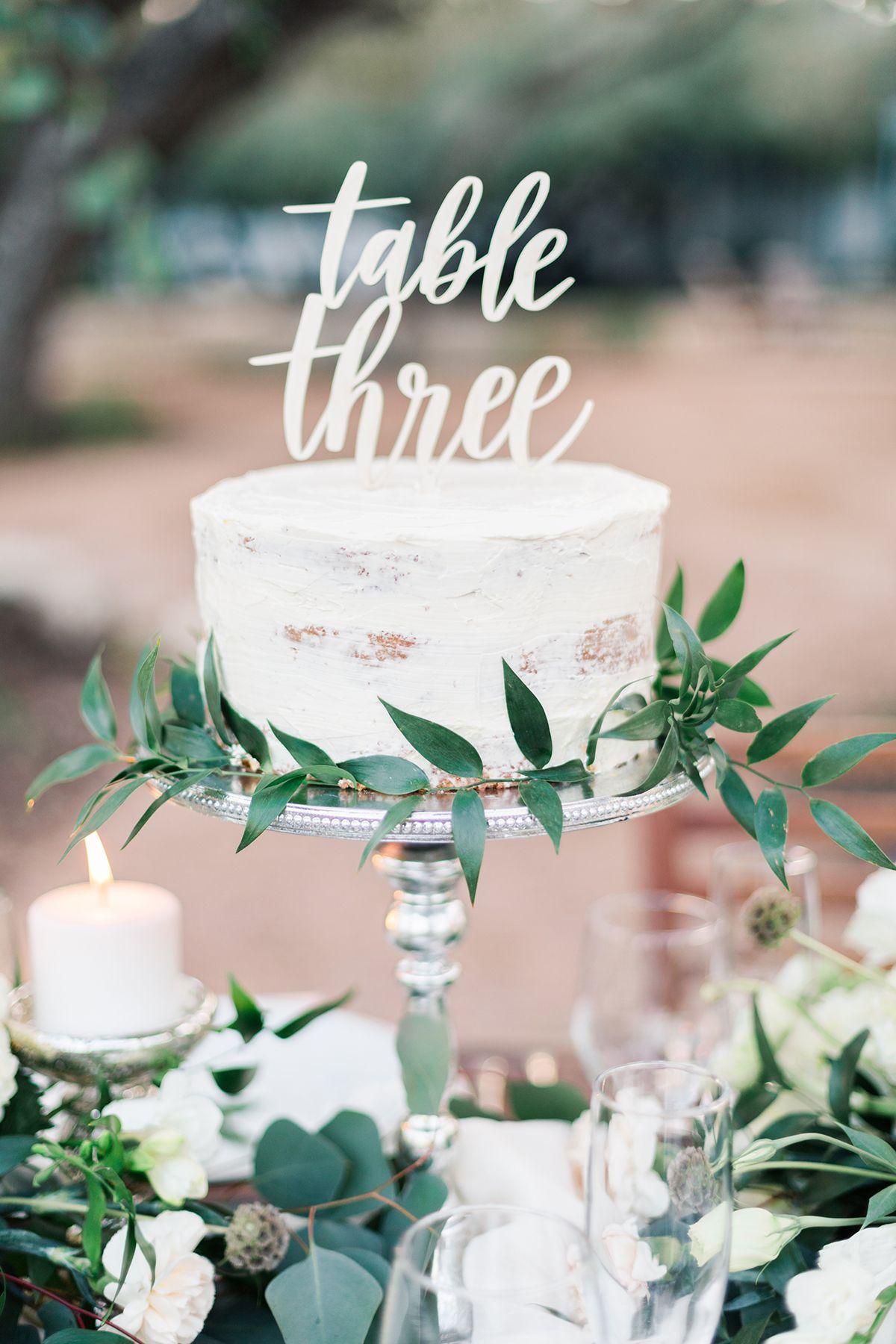 romanticly sun kissed garden wedding ideas in texas cakes rh pinterest com