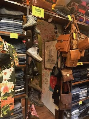 King Size Vintage.Six Amazing Vintage Stores In Rome Italy Rome Italy