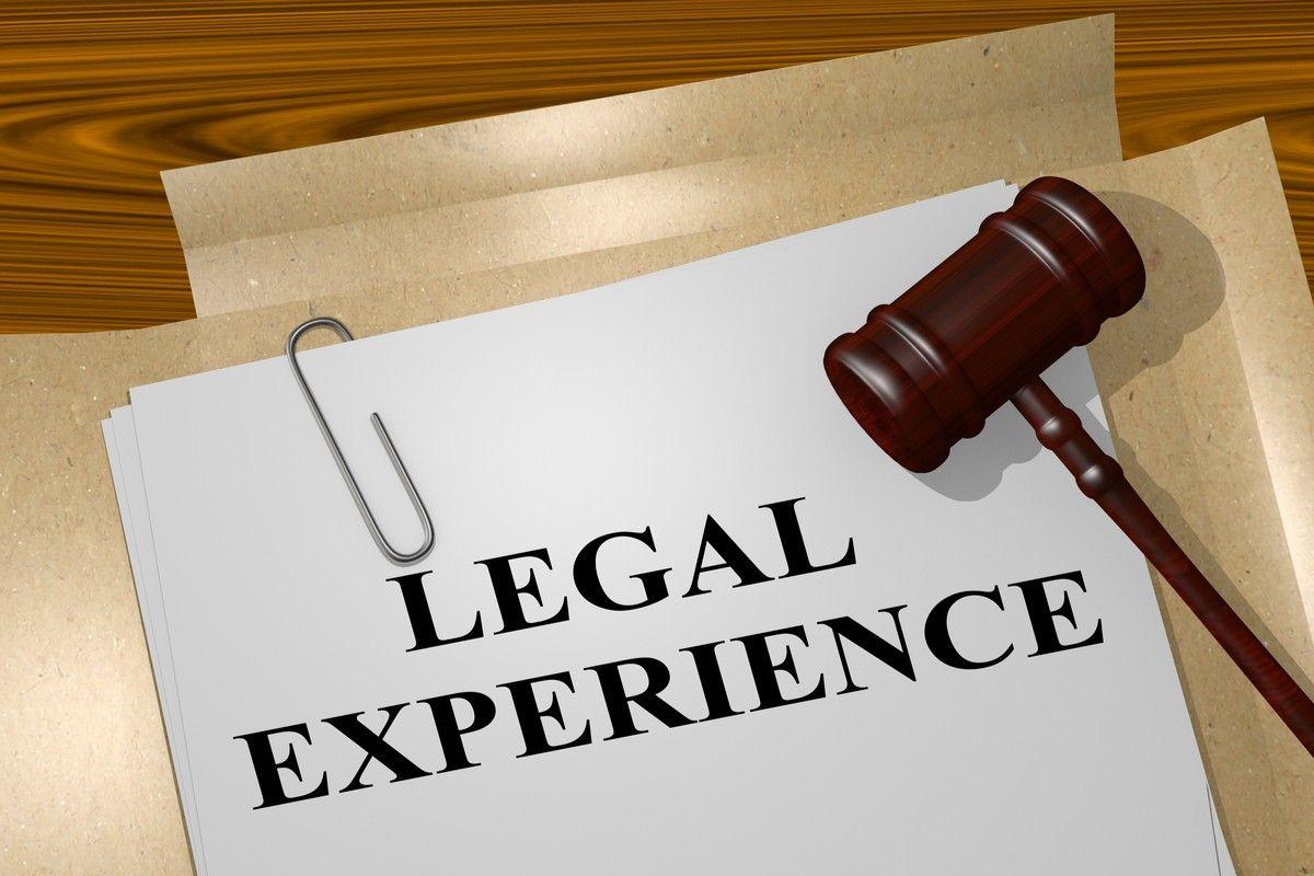 Law School Clinics Provide Real World Training Expert Witness
