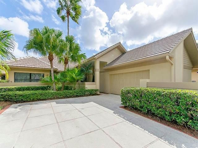 Charming 112 Coventry Place, Palm Beach Gardens, FL Single Family Home Property  Listing   Jeff