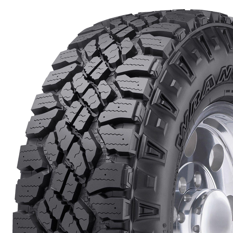 Goodyear Wrangler Duratrac 265 65r17 112s Tire Sam S Club Goodyear Wrangler Goodyear Tires Jeep Wrangler