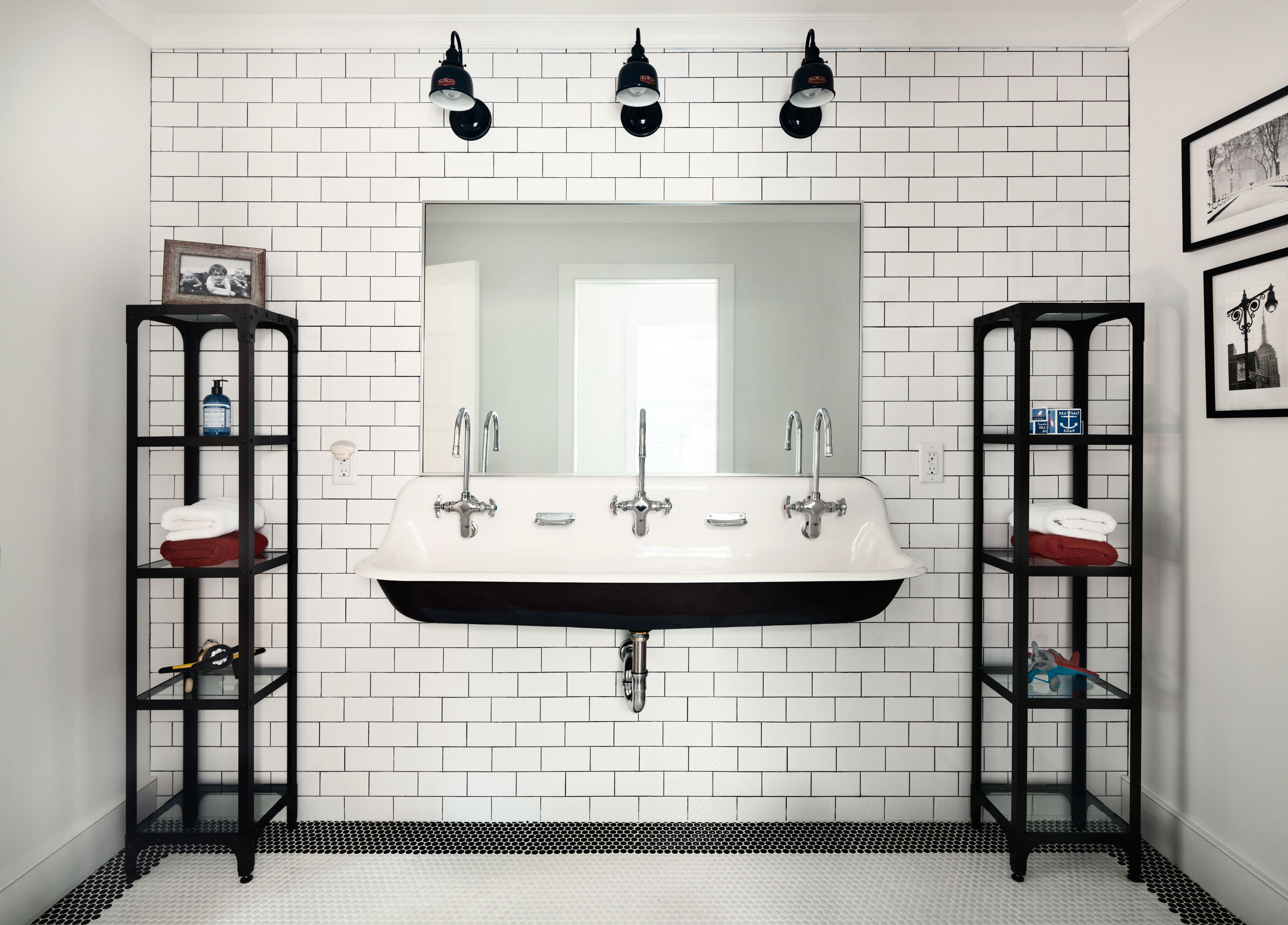 Oakwood Residence   Boys Jack & Jill Bathroom   Z+ Interiors ...