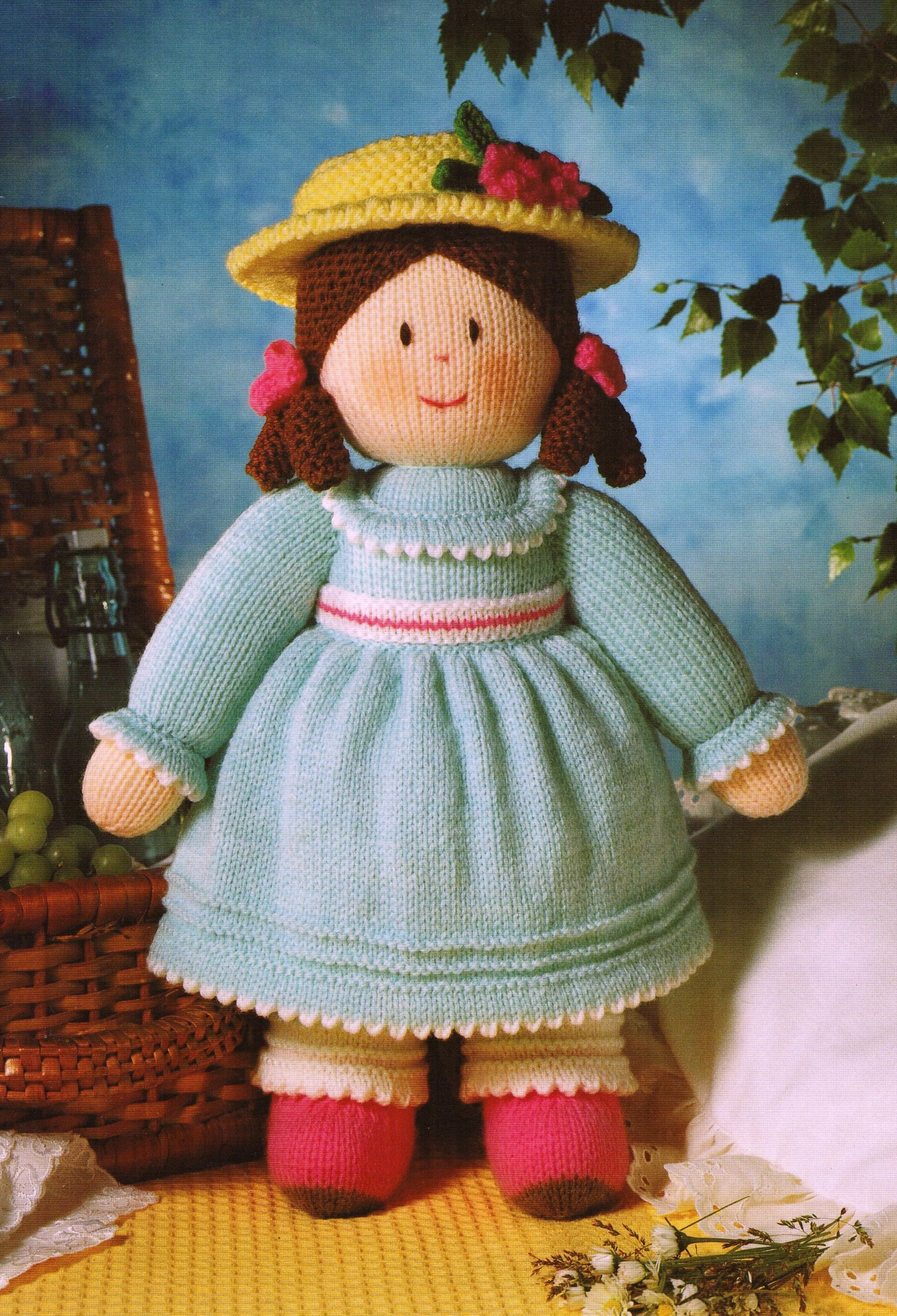 Cinderella inspired Doll with Removable Clothes 15 cms toy KNITTING PATTERN