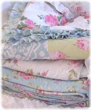 Shabby Chic Beach Cottage Bedding Linens Rachel Ashwell Duvet ... : shabby chic quilts and comforters - Adamdwight.com