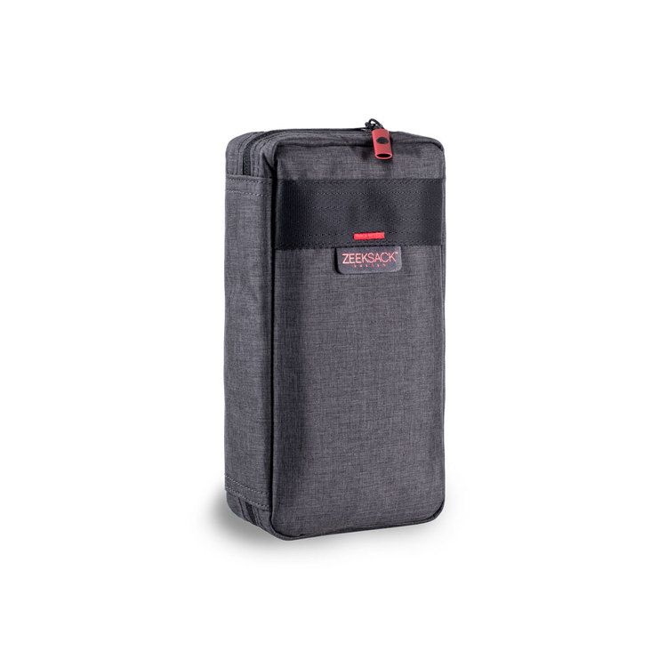 ca9d991da2a2e The ZEEKSACK™ VEOA Tech Organizer is carefully designed to help you keep  your cables   chargers organized and sorted during travel   commute.