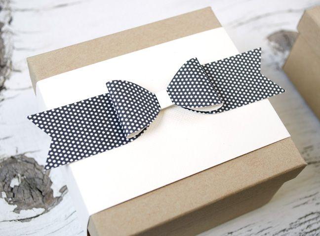 Silhouette America Blog | DIY Holiday Gift Wrap