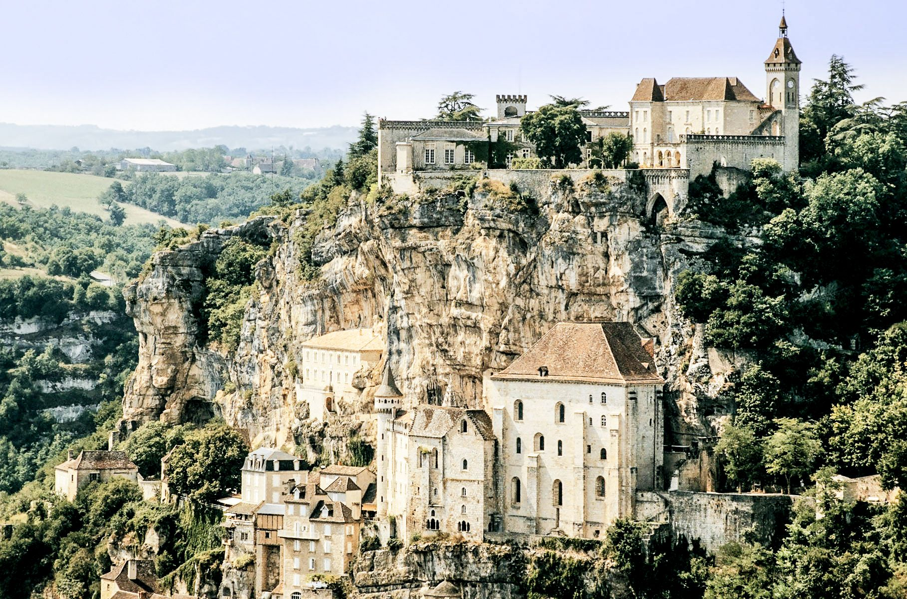 10 beautiful towns you need to visit in the south of france provence reisen frankreich und. Black Bedroom Furniture Sets. Home Design Ideas