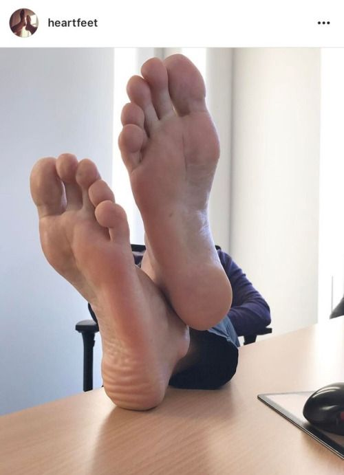 22 year old British guy with a major foot fetish.