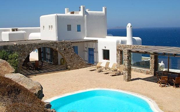 The world 39 s best homes for sale mykonos and for Mediterranean homes for sale