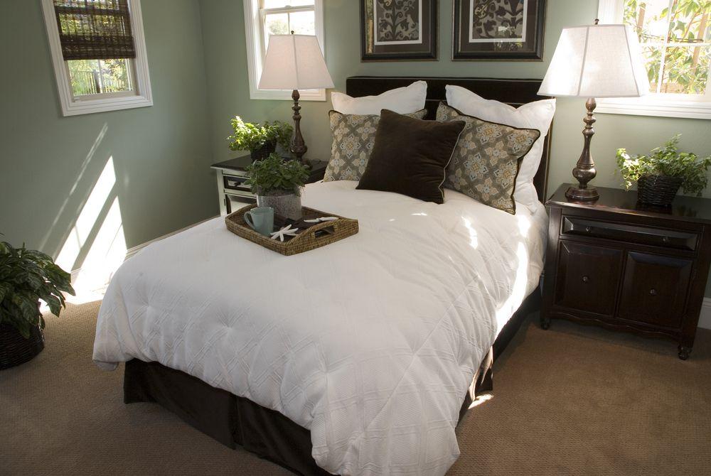 Small Bedroom Carpet Ideas