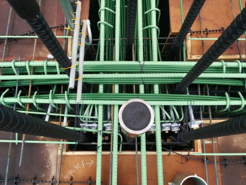 Post Tensioning Beam : Post tensioned beam and girder intersection unbonded