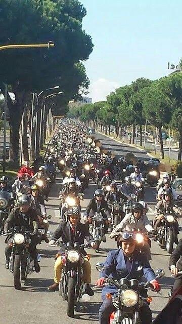 #b_racer_roma #fy8moto #albeto #caferacer #albeto_soiatti #caferacer55 #caferacerxxx